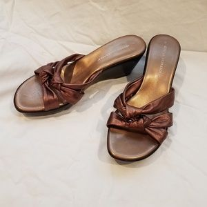 Women's Athena Alexander copper wedges, size 9